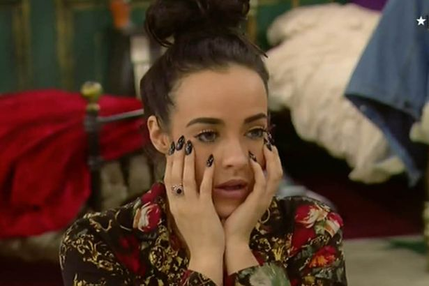 stephanie-davis-and-jeremy-mcconnell-chat-in-bed-last-night-talking-about-how-they-are-best-friends-and-would-miss-each